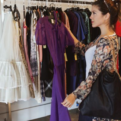 5 tips: what you really need to know about vintage shopping