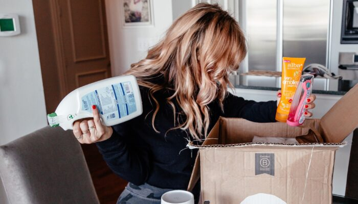 WHY & HOW To Make The Switch To Non-Toxic Cleaning & Personal Products